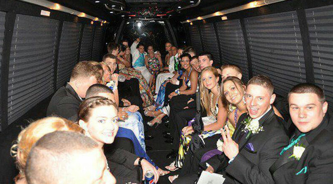 Prom Limos & Party Buses San Rafael 2018